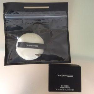Mac cosmetics set powder and powder puff